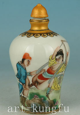 Chinese Old Porcelain Collection Handmade Painting Belle Snuff bottle art Deco