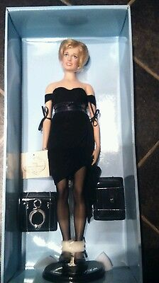 "Franklin mint princess Diana ""that dress"" portrait doll"