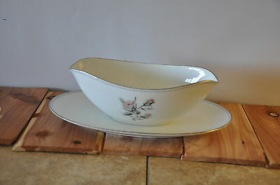 Noritake Margot Gravy Sauce Bowl with Attached underplate
