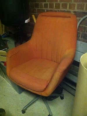 Vintage Retro Swivel 'Egg' Style Chair. Perfect Refurb Project. Chrome Frame