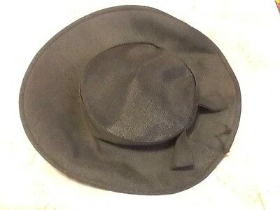 Vintage 1920,s hat black with bow small brim