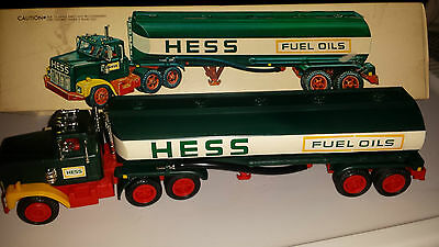1977 Hess Truck with Box, Inserts and Battery Card