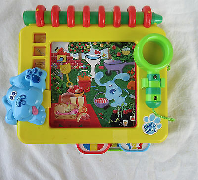 Tyco 1998 Blues Clues Handy Dandy Notebook Search and Seek