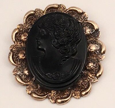 Vintage Victorian Glass Cameo Brooch