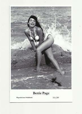 (N74) Glamour Bettie Page Swiftsure (333/289) Photo Postcard Film Star Pin Up