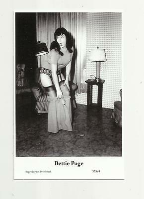 (N74) Glamour Bettie Page Swiftsure (333/4) Photo Postcard Film Star Pin Up