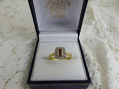 Pretty 18ct 18carat yellow Gold Ruby & Diamond Cluster Ring size 'M'