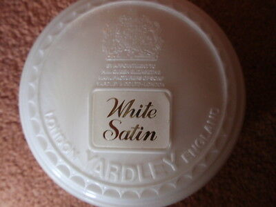 Vintage/ Collectable 1970/80's -  Yardley  'White Satin'  Soap Box