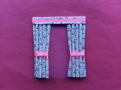 "1 Pink flowered dolls house curtains  4.5""X 5"""