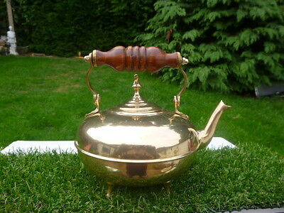 Lovely Brass Kettle / Teapot With Wooden Handle * Low Reserve