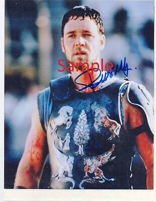 Hand signed Russell Crowe 'Gladiator' autograph with COA
