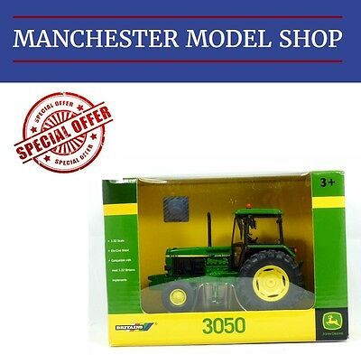 Britains 42902 1:32 scale John Deere 3050 Tractor NEW BOXED