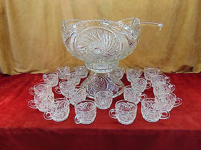 Impressive Pinwheel Glass PUNCH BOWL w/Pedestal Stand LADLE & 21 Matching CUPS