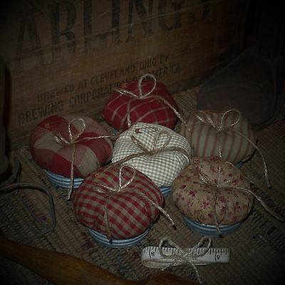 Primitive~Country Pin Cushion~~Rusty Pin~Twine Bow~Tiny Flower~