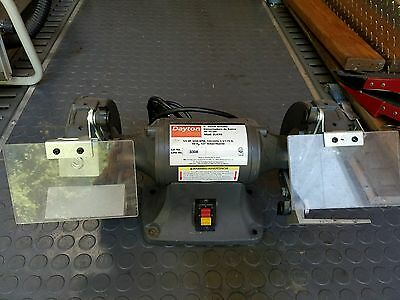 DAYTON 2LKR6 Bench Grinder, 6 In, 1/3 HP, 3450 rpm Very Good Pre Owned Condition