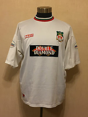 Wrexham 2001 Away shirt Darren Ferguson