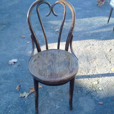 Set Of 5 Vintage Bentwood Style Chairs