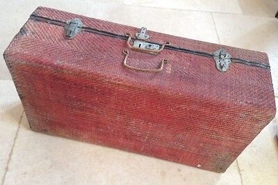 Vintage red/brown wicker Chinese suitcase for upcycle / decoration / prop