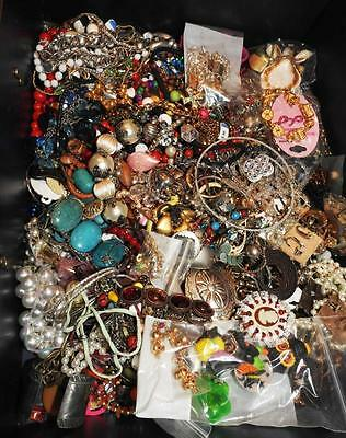 11.5 Lbs Costume Jewelry Mixed Contemporary Vintage Wear Sell Harvest Lot C