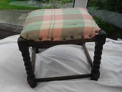 186) Vintage Welsh Blanket Covered Foot Stoole From 1940's
