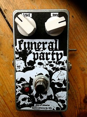 FUNERAL PARTY High Gain Fuzz Pedal - Nine of Swords Effects
