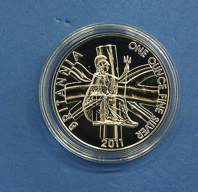 2011 Royal Mint 1oz Silver £2 Britannia coin in Capsule  (Q6/62)