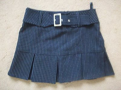 Girls black pin striped box pleated skirt from tammy girl in size 134 cm