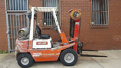 Liftco Forklift, 2.5Tonne Container Mast, Sideshift. As New Tyres. Lpg,good Fork