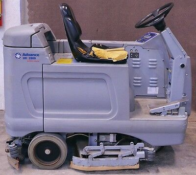 Nilfisk-Advance HR 2800 Ride On Floor Scrubber Cleaner W/ Lestronic 24V Charger
