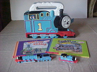 Thomas the Train carrying case metal train set of books lot