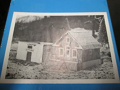 Muir Models 052 Jail And 1890 Home Kit  Boxed