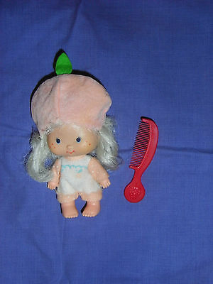 Vintage Strawberry Shortcake Apricot Doll And Comb
