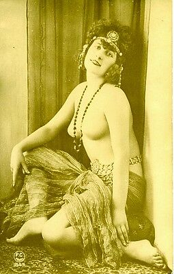 FRENCH POSTCARD GLAMOUR PHOTO..1920s..GREAT CONDITION..