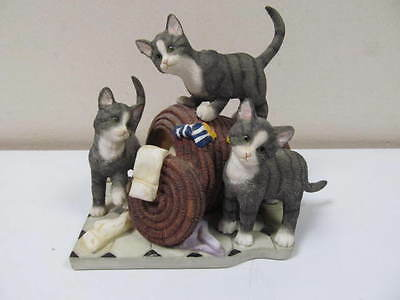 """The Leonardo Collection """"Laundry Time"""" 3 Cats Ornament"""