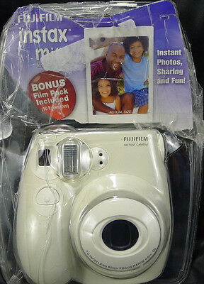 7S FujiFilm Instax Mini Instant White Camera Photography Pictures Memories Used