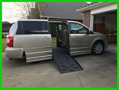 2015 Chrysler Town & Country Touring with New Braun EVII Entervan Conversion 2015 Town & Country Touring Braun Converison Handicap Van 3.6L V6 Automatic FWD