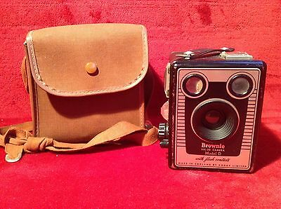 Brownie Six -20 Box Camera Model D With Flash Contacts Kodak + Bag - *UNTESTED*