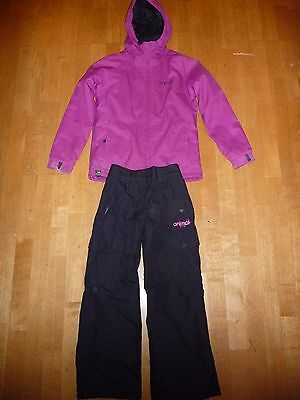 Girls purple Animal ski jacket & black salopettes approx 9-11yrs great condition
