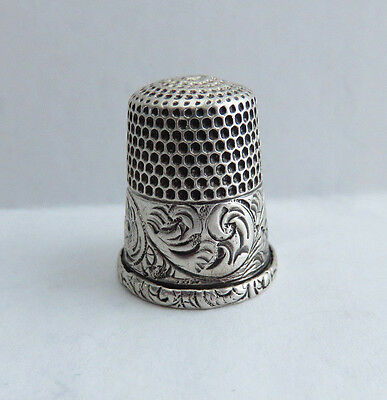 Very Nice Antique Sterling Silver Simons Thimble Size 10  Scroll Band