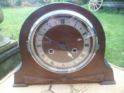 Vintage  chiming oak mantle  clock made in england all working