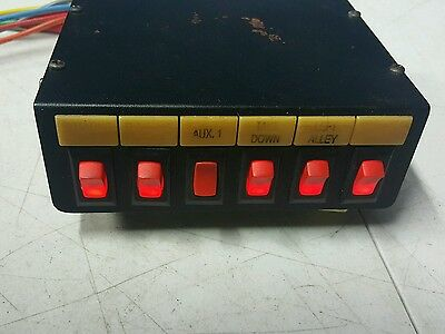 FEDERAL SIGNAL CORP.  SW300-012 Light Control Switch Box