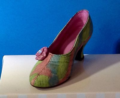 Raine-Willitts Just The Right Shoe - Rose Court 25009