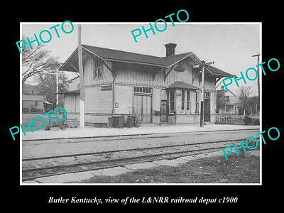 OLD LARGE HISTORIC PHOTO OF BUTLER KENTUCKY, THE RAILROAD DEPOT STATION c1900