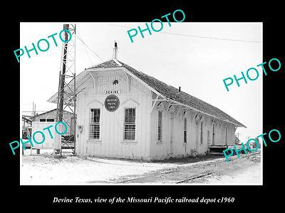 Old Large Historic Photo Of Devine Texas, The M/p Railroad Depot Station 1960