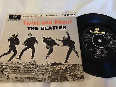 THE BEATLES UK PARLOPHONE EP 45 TWIST AND SHOUT Ist ISSUE 1963 VG+