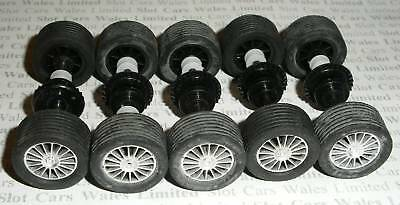 Scalextric - 5 NEW Rear 16-spoke Silver Axles/ Tyres