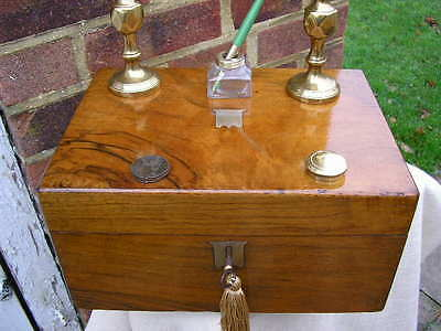 ACE c1880  FIGURED WALNUT WRITING SLOPE BOX INK WELL DIP PEN 2 CANDLE STICK WW2.