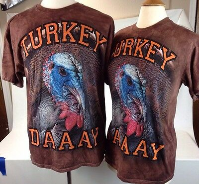 """Thanksgiving His and Hers """"TURKEY DAAY"""" Graphic T-Shirts Sizes XL & Medium"""