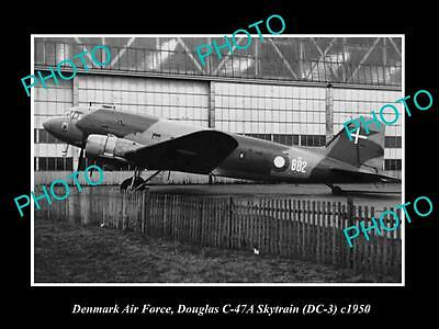 OLD LARGE HISTORIC PHOTO OF DENMARK AIR FORCE, DOUGLAS DC-3 PLANE c1950