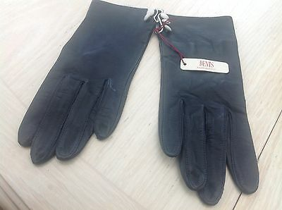 Ladies black soft leather gloves from DENTS size 7